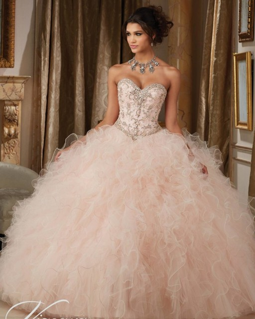 Dazzling Frisada Corpete Ruffled Tulle Quinceanera Vestido Champagne Blush Lace Up Voltar Partido Do Doce 16 Vestidos de Baile Fofo vestido de Baile