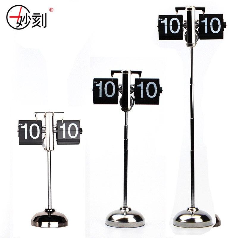Creative Flip Horloge Rétro Rétractable Échelle Numérique Stand Flip Auto Tableau de Bureau Horloge Flip Engrenage Interne Exploité Bureau Horloges