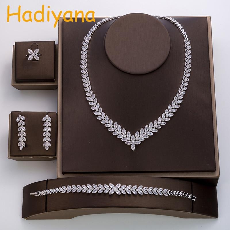 Hadiyana Fashion Four-leaf Clover Design Wedding Jewelry Set Women Ladies Wear Hot Wedding Crystal Set Of 4 Jewelry Set TZ8047