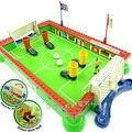 Juguete de plástico 1 unid dedo feliz familia de campo de fútbol fútbol juego de futbolín de mesa deporte poco Desarrollo Temprano de los niños del regalo del bebé