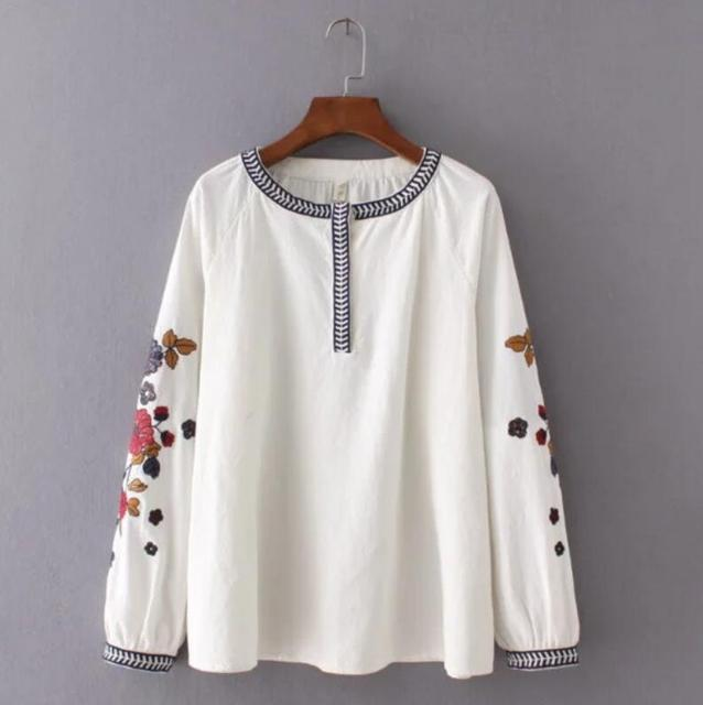 341d8aba152 Товар 2017 Fashion Women Embroidery Flower Loose Shirts office Long ...
