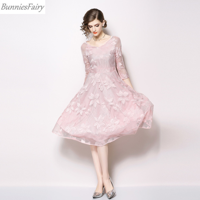 BunniesFairy 2018 Autumn Fall New Sweet Women Light Pink Color Floral Lace  Dress V-neck