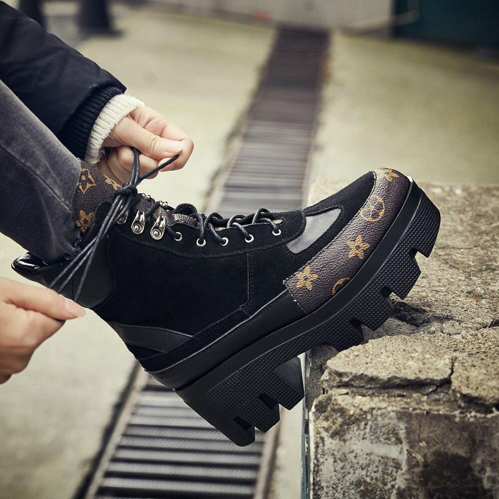 Marque Design en cuir véritable Martin bottes décontracté bottes à lacets chaussures femme vache daim femme talon carré bottines