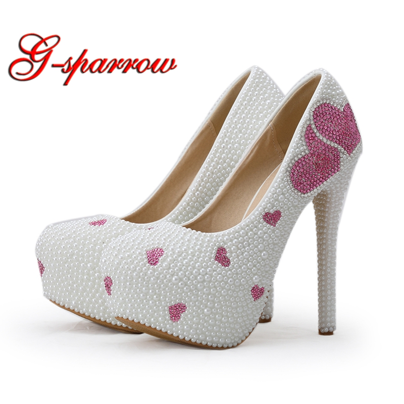 2018 New Designer White Pearl Wedding Dress Shoes 5 Inches High Heels Formal Dress Shoes Pink Rhinestone Heart Shape Pumps pure white pearl wedding dress shoes gorgeous red rhinestone heart shape women pumps 3 inches high heel bride shoes event pumps