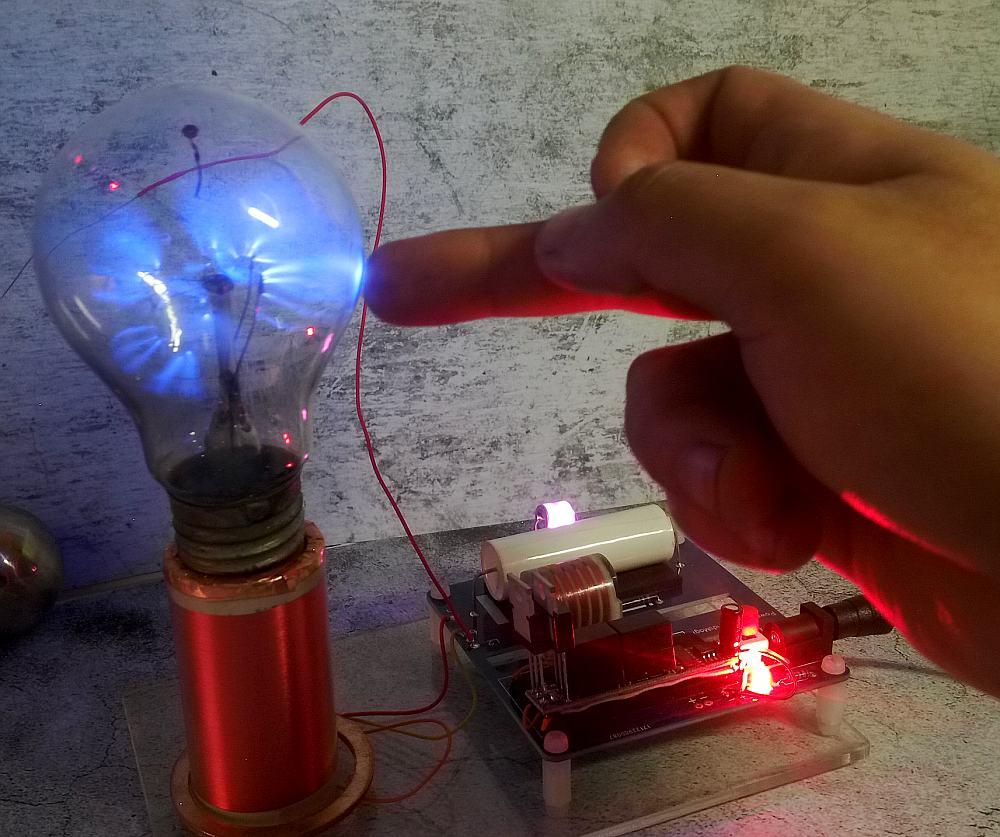 mini SGTC Tesla Coil amazing flashing Generator DIY KITS Electronic diy цена и фото