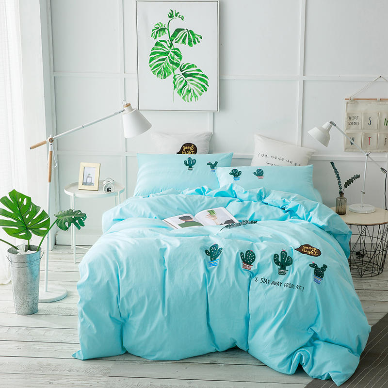 Luxury fashion embroidery Bedding set King Queen size 4Pcs Bed sets Duvet   cover Bedsheet 100% cotton hydrangea ball pigLuxury fashion embroidery Bedding set King Queen size 4Pcs Bed sets Duvet   cover Bedsheet 100% cotton hydrangea ball pig
