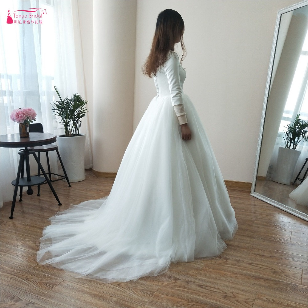 Roman Wedding Gowns: Simple Classical Wedding Ball Gowns Three Quarter Sleeve