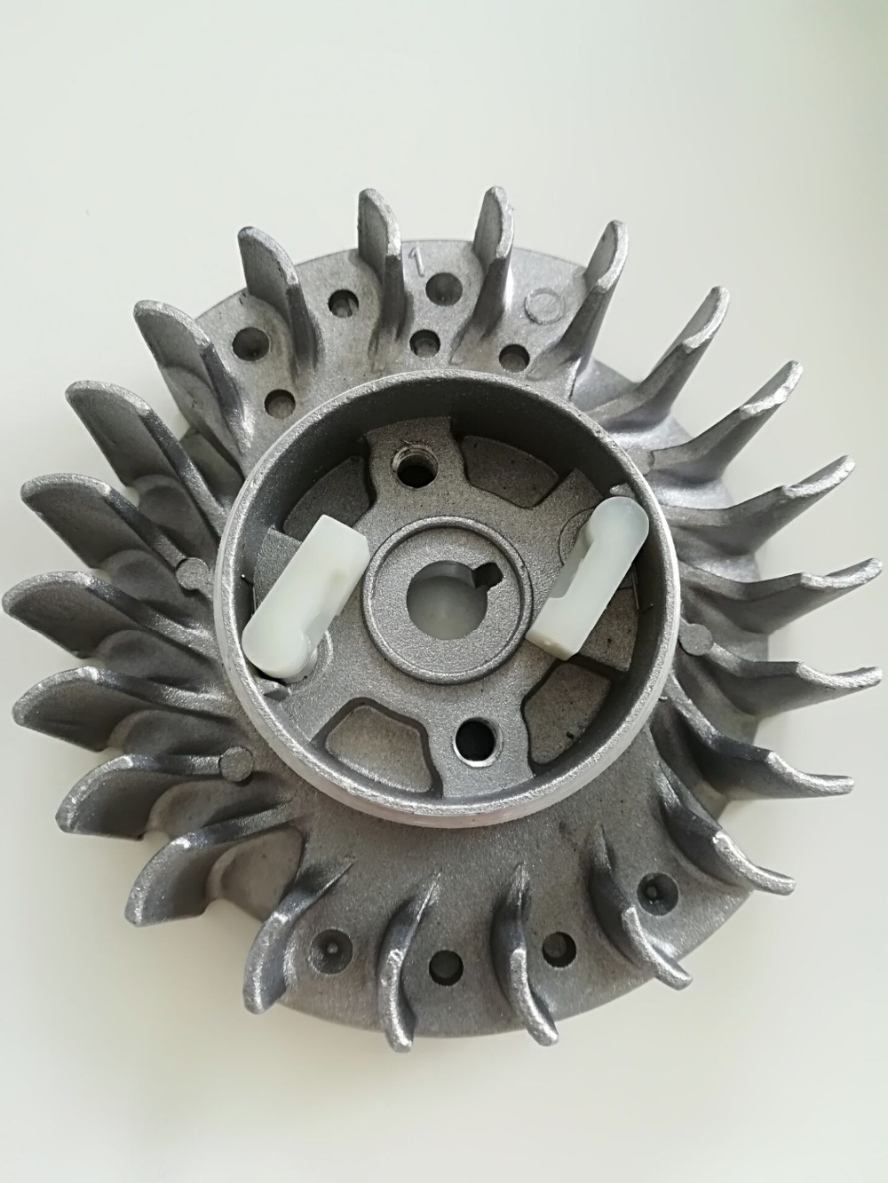 Replacement Parts Fly Wheel Fits Polrad Passend Fur FLYWHEEL FOR CHINESE CHAINSAW 45CC 52CC 58CC 4500 5200 5800 Neilsen MT-9999