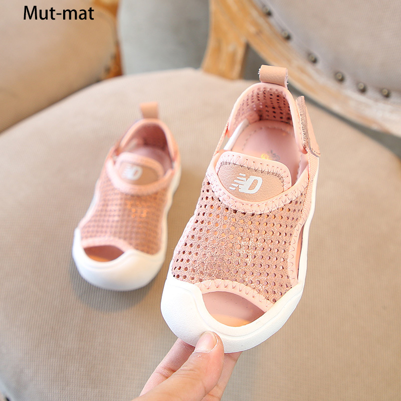 Childrens genuine  leather toe sandals 2019 summer new boys beach shoes girls barefoot sandalsChildrens genuine  leather toe sandals 2019 summer new boys beach shoes girls barefoot sandals