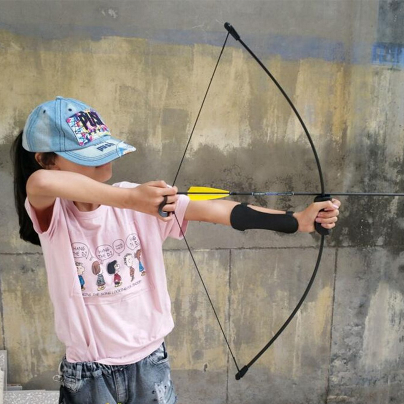Free shipping 1pc archery kids bow and arrow game set with arm guard and finger guard 2pcs fiberglass arrows youth bow