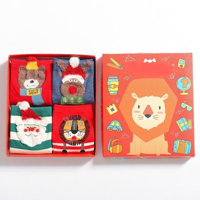 PEONFLY Christmas Cartoon Funny Novelty Happy Socks Colorful Women Kawaii Hosiery Autumn Winter 4PAIRS/LOT Dear Lion