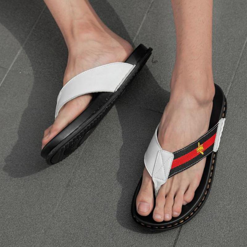 Haute qualité en cuir véritable marque pantoufles hommes d'été plage sandales Designer tongs respirant imperméable antidérapant diapositives