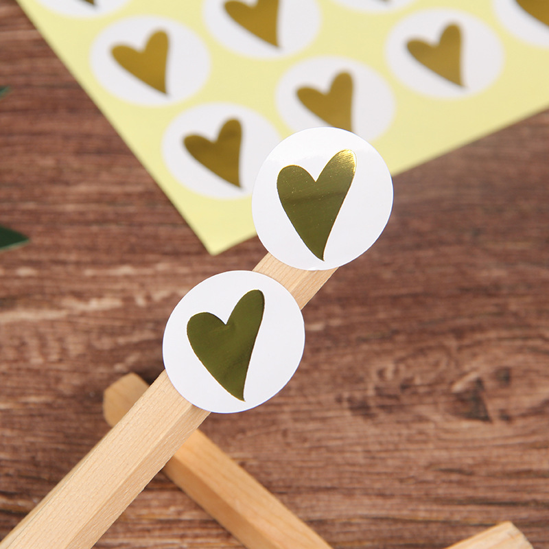 160pcs Heart Sealing Stickers Gold Foil Thicked Paper Sticker Heart Party Gift Packing Sticker Cake Baking DIY Handmade Label