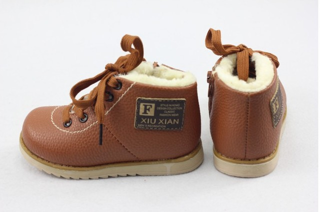 new 2014 Boys girl Short children Boots shoes kids Winter  Warm Skidproof Cotton  Flat Leather Free shipping 1-433