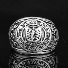 Anime Jewelry Attack On Titan Double Wings of Liberty Pattern Rings Men Spinner Stainless Steel Finger Ring Vintage Accessory