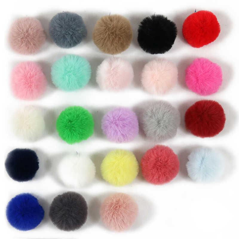 4 pçs/set 5 centímetros Faux Fox Beanie Xmas Bola Pom pom Pom Bola Acessório Para Chaveiro Anel Chave DIY