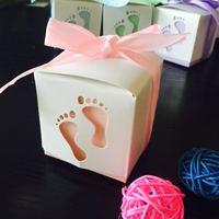 Romantische hochzeit liefert 50 teile/satz Handgemachte füße Form Baby Dusche Süße Pralinenschachtel Geburtstag party Papier geschenk-box