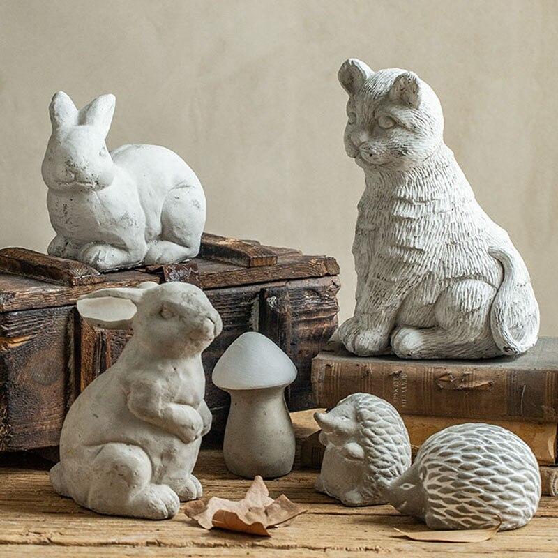 Realistic Outdoor Garden Concrete Mushroom Cat Rabbit Hedgehog Model Sculpture Garden Pond Statues Decor Crafts