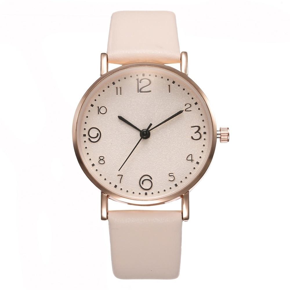Relógio Feminino com Pulseira de Couro Quartz Analógico 9