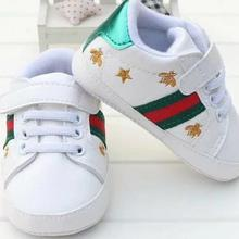 a0f232fc2abeb NOUVEAU Luxe Enfants Sport Bébés Occasionnels Chaussures Enfants Sneakers  Premiers Marcheurs Non-glissement Bébé fond
