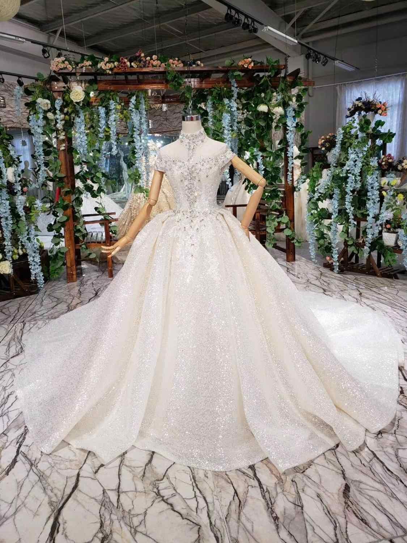 2019 כדור שמלת חתונת שמלות עם צעיף קצר שרוול ריינסטון חרוזים ערבית אלגנטית כלה שמלות גבוהה צוואר robe דה mariee