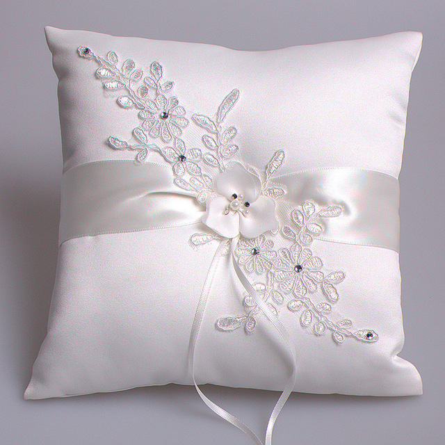 Luxury Wedding Decoration Lace Rustic Flower Ring Pillow Cushion