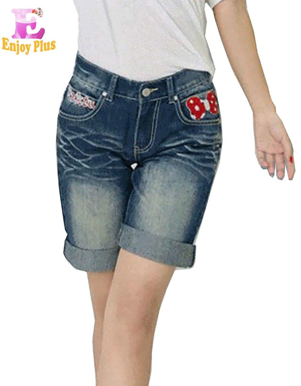 L XL XXL 3XL 4XL 5XL plus size cotone causale estate 2017 pantaloni jeans  delle donne di grandi dimensioni casuale blu denim corto al ginocchio ricamo 00cbd9d96fe