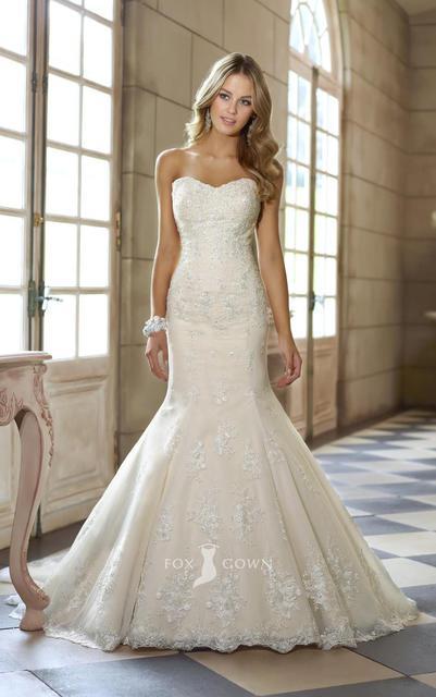 2017 Stylish Ivory Lace Strapless Sweetheart Fit And Flare Beaded Wedding Dress Custom 2 4 6