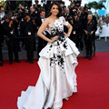 2016 Aishwarya Rai Cannes Film High Low Branco e Preto Celebridade do tapete vermelho Vestidos de Noite Formal Vestidos Vestido de renda