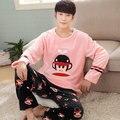 Envío libre Otoño e invierno de los hombres engrosamiento franela Pijamas más tamaño ropa de noche masculina de coral polar conjunto de salón de dibujos animados 24 colores