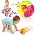 2016 Nuevo estilo de Diseño del bebé sonajeros juguetes para bebés 0-12 meses de Aprendizaje Juguetes Educativos bola De Plástico Mano sonajeros/material de seguridad