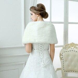 Image 2 - Chaqueta de boda para mujer, chal y chales nupciales, capa de pelo bolero de piel sintética con perlas 2020, accesorios de boda 17003