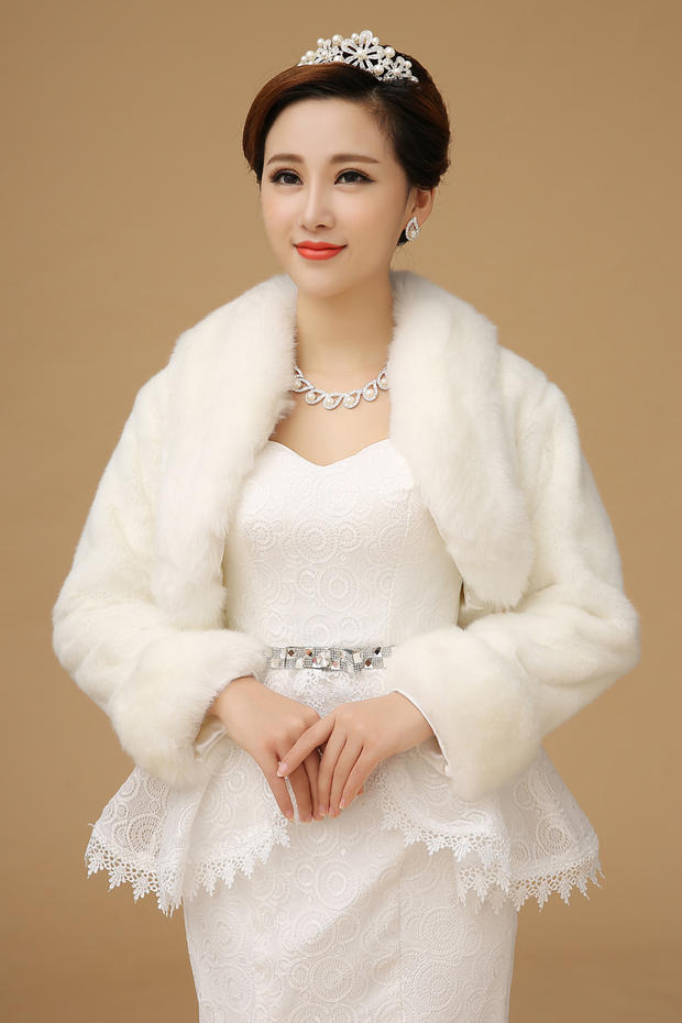 New Bolero Women Faux Fur Stoles Long Sleeve High Quality Fur Bolero Coat Bridal  1