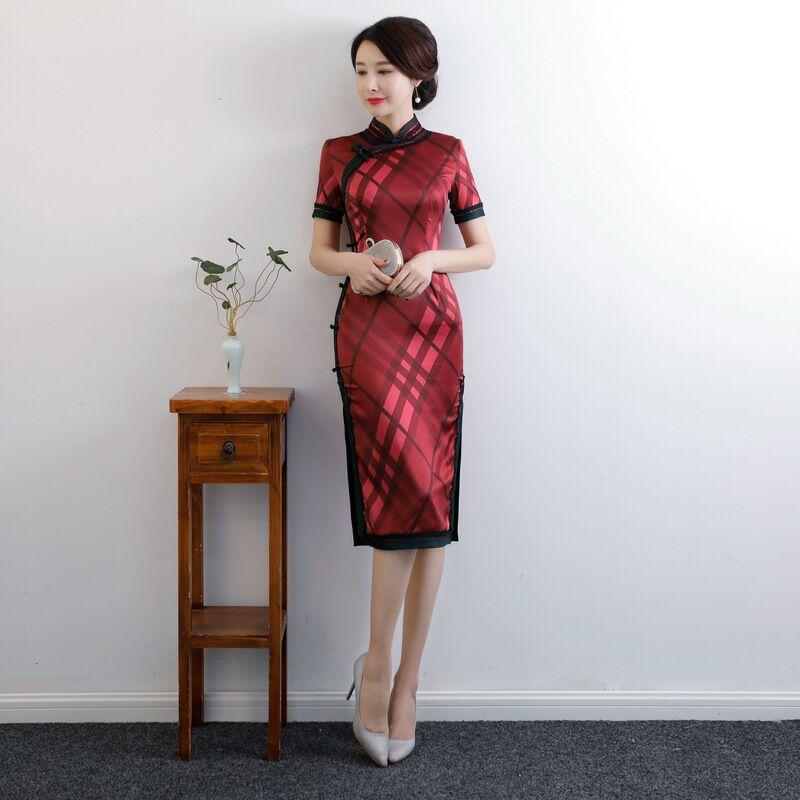 Plus Size Cheongsam Knee Leng Traditional Chinese Style Womens Silk Dress Slim Qipao New Arrival Vestido M L XL XXL 3XL 4XL 9989 мужские изделия из кожи и замши 2322 2015 m l xl xxl 3xl 4xl 5xl m l xl xxl xxxl 4xl 5xl