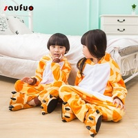 Unisex Adult Winter Giraffe Pajamas 2017 Animal Pajama Sets Cute Hooded Homewear Flannel Sleepwear