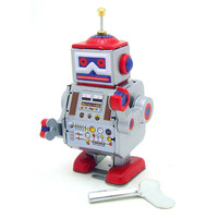 Classic Vintage Clockwork Wind Up Robot Kids Children Reminiscence Tin Toys With Key Fun Toys Gift