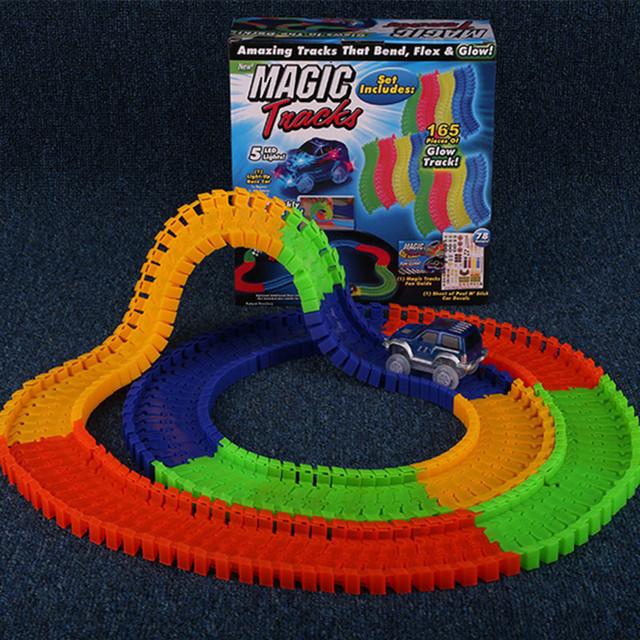 LED Glowing racing track set