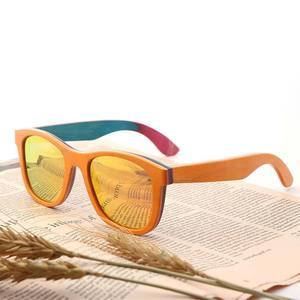 Image 1 - BerWer gafas de sol polarizadas de madera para hombre y mujer, lentes de sol de monopatín en capas, de madera, Estilo Vintage Retro