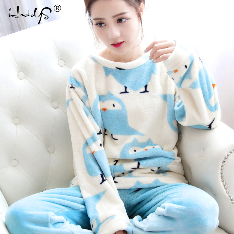 Autumn and Winter Women Pyjamas Sets Thick Warm Coral Velvet Suit Flannel  Long Sleeve Female Cartoon Bear Animal Pants Sleepwear 05b096bbf