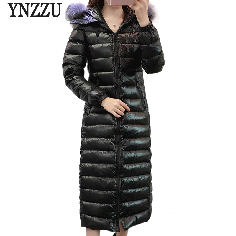 YNZZU Brand Luxury 2018 Winter Women   Down   Jacket Long Style 90% White Duck   Down     Coat   with Real Fox Fur Warm Female Parka O672
