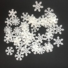 Wholesale 150pc/lot DIY snowflake luminous patch fluorescent wall stickers set decorative stereo