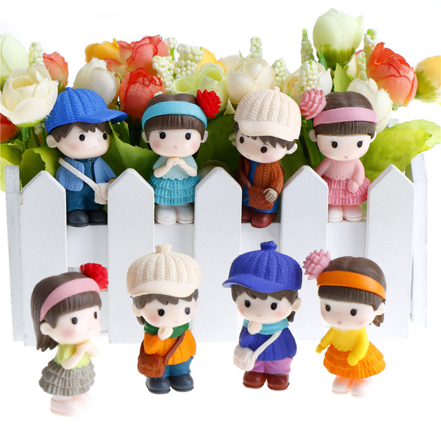 Sweety Lovers Couple Figurines Miniatures Fairy Garden Gnome Moss  Terrariums Resin Crafts Decoration Accessories 1Pair/