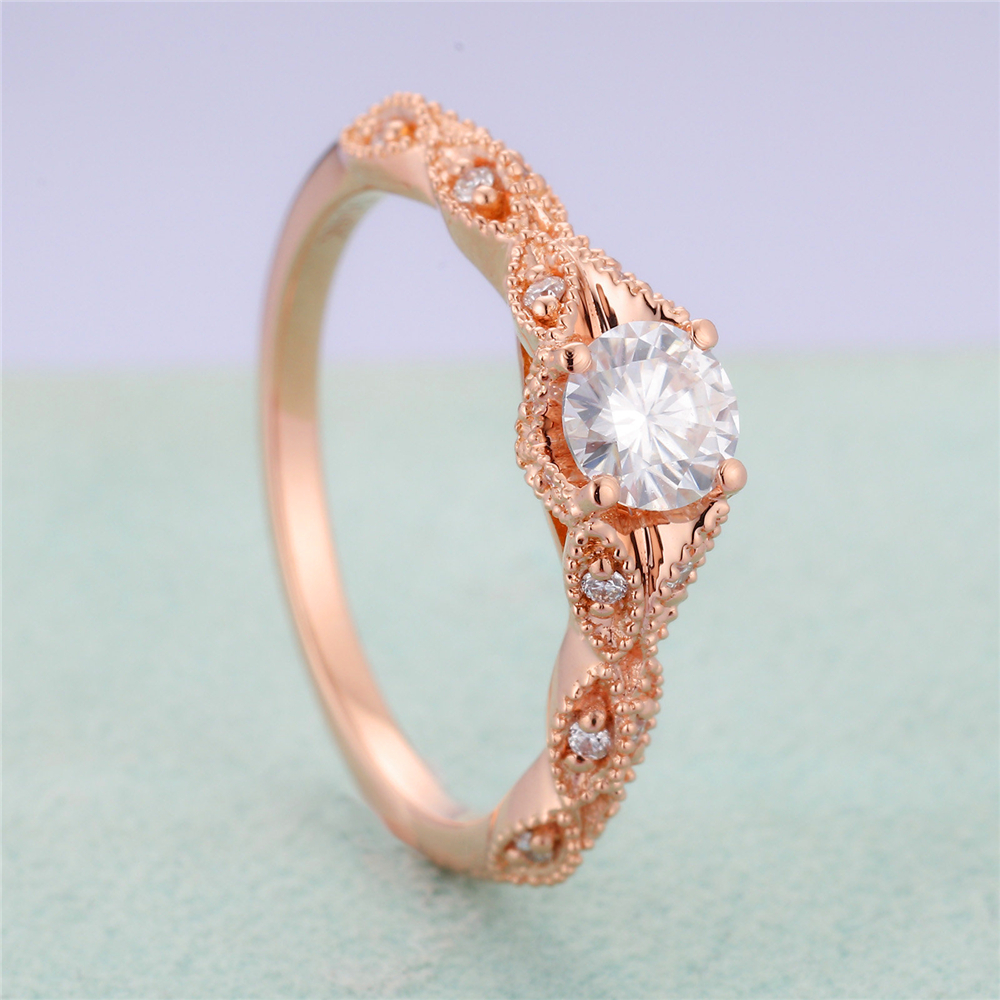 New stylish lady light luxury rose gold inlaid white zircon engagement micro engraved ring.Suitable for party weddings.(China)