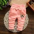Varejo! primavera new Coreano bebê da menina do menino dos desenhos animados bolso arco calças de malha calças de algodão do bebê meninas 1-2 anos de idade frete grátis