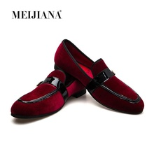 купить MEIJIANA Red Velvet Loafers Handmade Patent Leather Patchwork Casual Shoes Men Slippers Fashion Slip On Summer Shoes Men's Flats по цене 7873.33 рублей