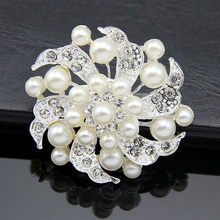 Best Deal New Women Fashion Crystal Rhinestone Scarf Buckle Imitation Pearl Brooch Pin Jewelry for Party