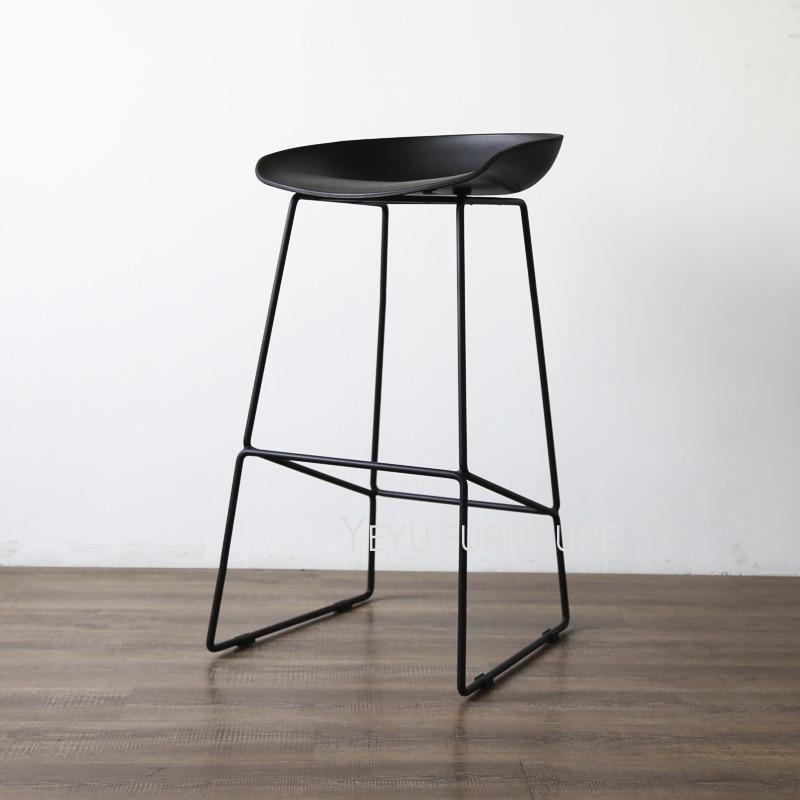 US $179.0 |Design moderno Altezza Seduta 65 cm 75 cm Cucina Camera Bancone  Sgabello, fashion design in plastica e metallo acciaio bar sgabello da bar  ...
