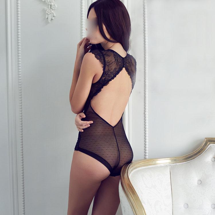 European-brand-sexy-full-lace-transparent-ultrathin-jumpsuits-plus-size-women-bodysuit-girls-deep-v-comether (1)