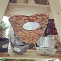 Pastoral creative Home Furnishing jewelry hanging flower pots Chlorophytum heart shaped wicker basket fishing pot American count