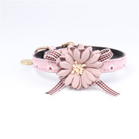 Pet Supplies New Product Exquisite Appearance Flower Decoration Pet Collar Cat and Dog Collar One piece Reinforcement Pink Gray
